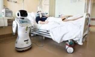 Το ρομπότ-νοσηλευτής «Τόμι» και η παρέα του σε ιταλικό νοσοκομείο βοηθούν στη μάχη κατά του κορονοϊού